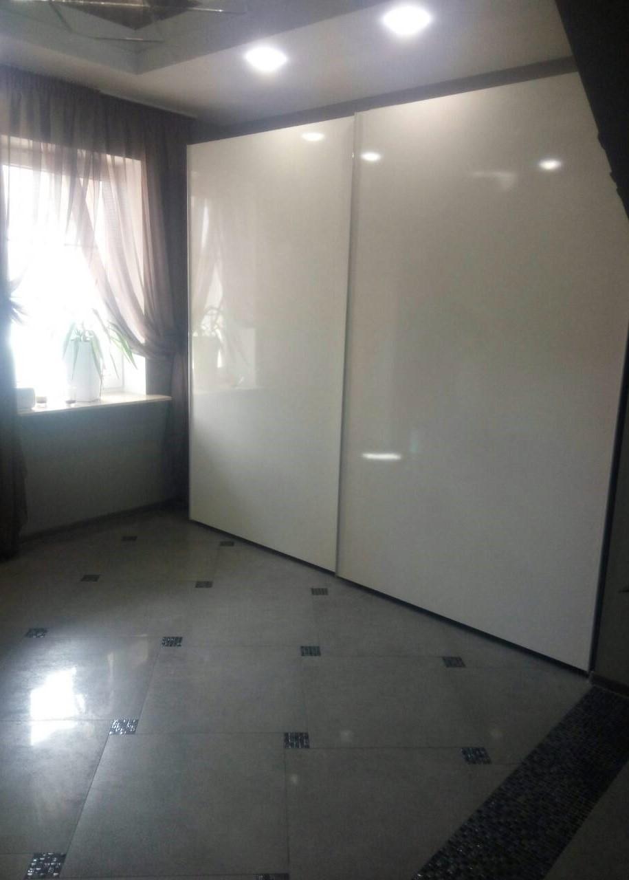 шкафы-купе с подвесной системой hettich